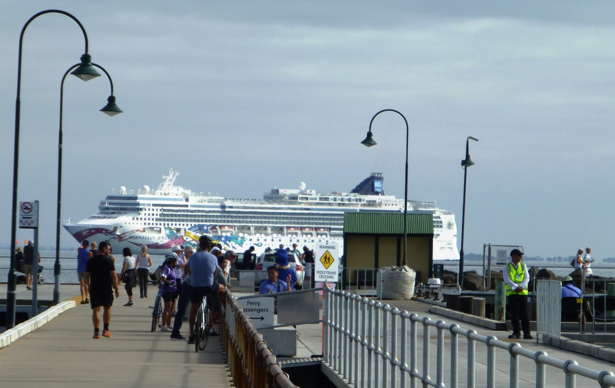 Cruise ship visit Portarlington, Victoria.